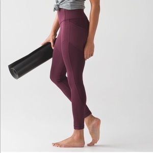 lululemon all the right places crop!